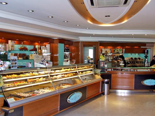 Cafè-Pasticceria-Gelateria-Grand-Hotel-irpinia.jpg